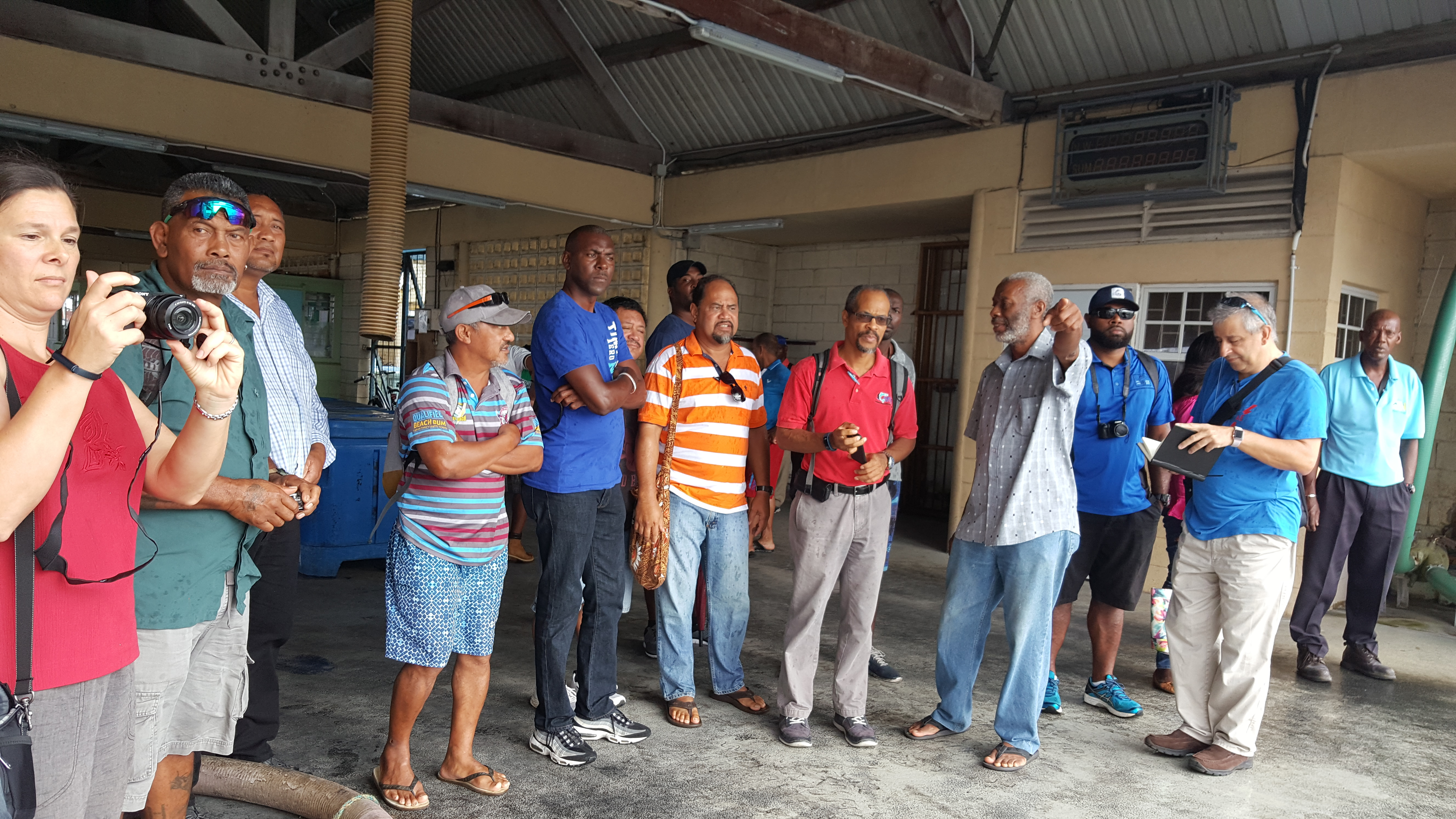 Participants from the Caribbean and Pacific SIDs visited fisheries sites in Barbados